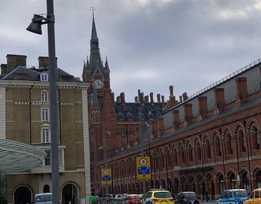 【ロンドン家族旅行術#04】キングスクロス駅からuberに乗りました